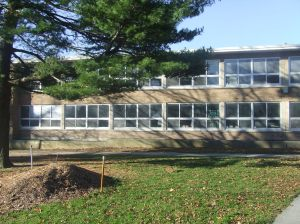 Holmes Elementary. Top left corner was Mrs. Pierce's classroom in 1978-79 year.