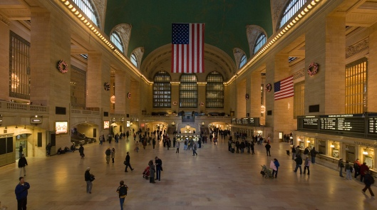 Grand Central Terminal Main Concourse in New York City, March 4, 2006. (Janke and Diliff via Wikipedia). Permission granted via cc-Attribution-Share Alike 3.0 license.