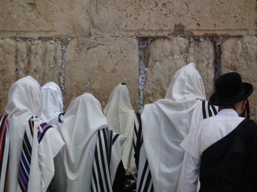 Prayer at the Wailing Wail, Second Temple, Jerusalem, February 1, 2013. (Steve Ibrom). Released by public domain by author.