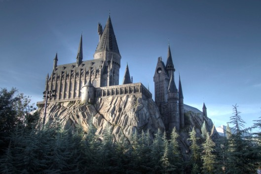 Hogwarts School of Witchcraft and Wizardry, Universal Orlando, January 8, 2011. (Ian Boichat via Flickr.com). In public domain.