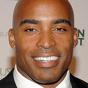 Tiki Barber, the personification of a doubter, at the American Museum of Natural History, October 16, 2008. (Jamie McCarthy/WireImage.com via http://thenypost.files.wordpress.com/).