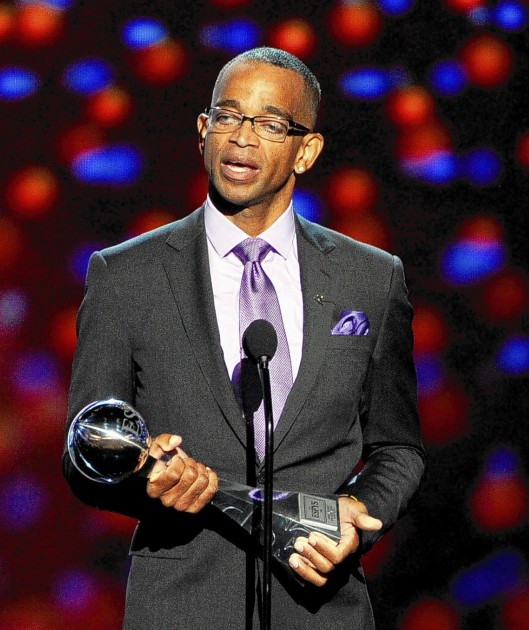 Stuart Scott accepting the 2014 Jimmy V Perseverance Award  during the 2014 ESPYS, Nokia Theatre, Los Angeles, CA, July 16, 2014. (Kevin Winter/Getty Images via http://plus.google.com)