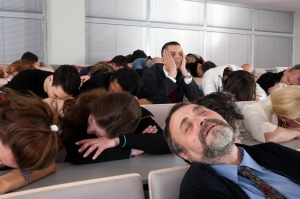 A bored audience, April 2012. (https://ispeakcomics.files.wordpress.com/).