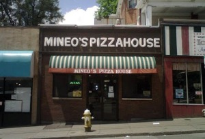 Mineo's Pizza House, Squirrel Hill, Pittsburgh, November 22, 2008. (http://thepodanys.blogspot.com/).